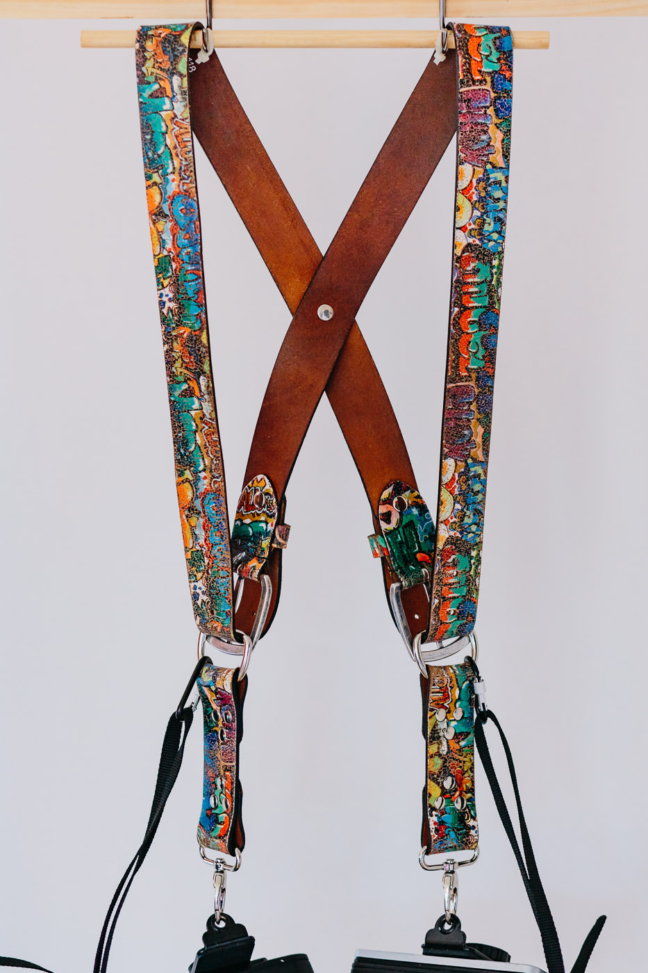 Gunslinger Dual Camera Harness Strap Sling Leather Graffiti 2