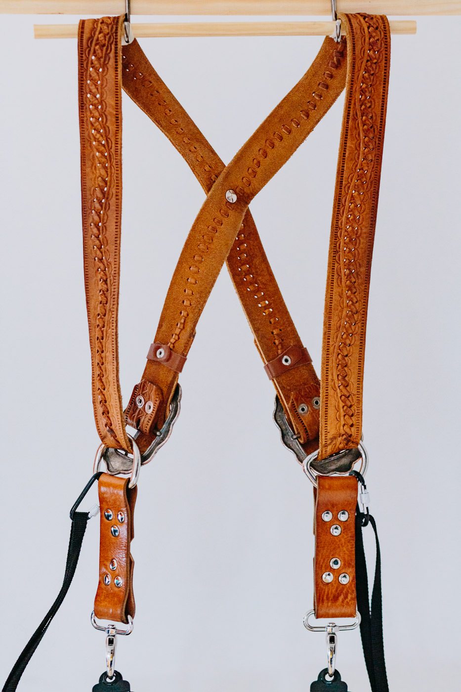 Gunslinger Dual Camera Harness Strap Sling Leather Tan Embroidered 2